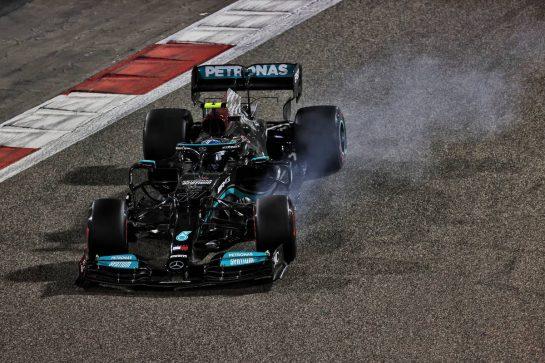 Valtteri Bottas (FIN) Mercedes AMG F1 W12 locks up under braking. 13.03.2021. Formula 1 Testing, Sakhir, Bahrain, Day Two. - www.xpbimages.com, EMail: requests@xpbimages.com © Copyright: Batchelor / XPB Images