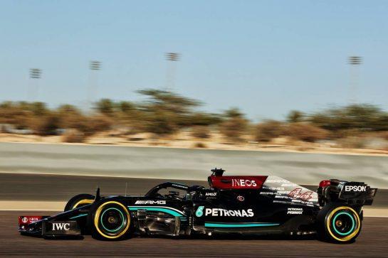 Lewis Hamilton (GBR) Mercedes AMG F1 W12. 14.03.2021. Formula 1 Testing, Sakhir, Bahrain, Day Three. - www.xpbimages.com, EMail: requests@xpbimages.com © Copyright: Batchelor / XPB Images