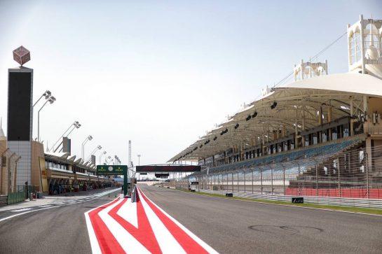 Track Atmosphere 25.03.2021. Formula 1 World Championship, Rd 1, Bahrain Grand Prix, Sakhir, Bahrain, Preparation Day.- www.xpbimages.com, EMail: requests@xpbimages.com © Copyright: Charniaux / XPB Images