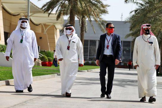 Sheikh Salman bin Isa Al-Khalifa (BRN) Chief Executive of Bahrain International Circuit (Right). 25.03.2021. Formula 1 World Championship, Rd 1, Bahrain Grand Prix, Sakhir, Bahrain, Preparation Day. - www.xpbimages.com, EMail: requests@xpbimages.com © Copyright: Moy / XPB Images