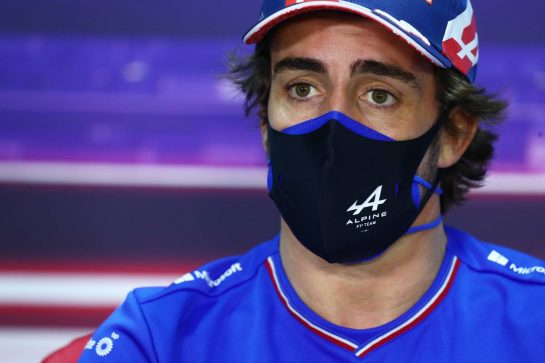 Fernando Alonso (ESP) Alpine F1 Team in the FIA Press Conference. 25.03.2021. Formula 1 World Championship, Rd 1, Bahrain Grand Prix, Sakhir, Bahrain, Preparation Day. - www.xpbimages.com, EMail: requests@xpbimages.com © Copyright: FIA Pool Image for Editorial Use Only