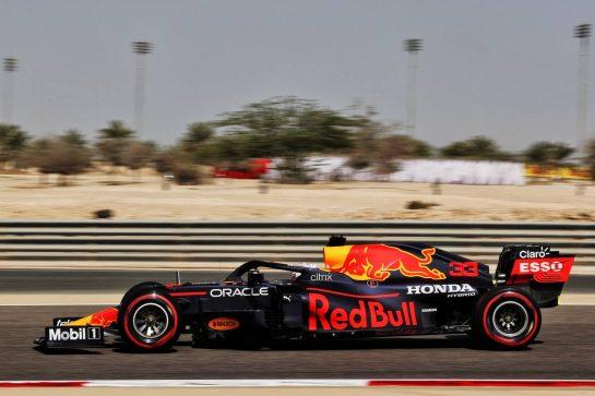 Max Verstappen (NLD) Red Bull Racing RB16B. 26.03.2021. Formula 1 World Championship, Rd 1, Bahrain Grand Prix, Sakhir, Bahrain, Practice Day - www.xpbimages.com, EMail: requests@xpbimages.com © Copyright: Batchelor / XPB Images