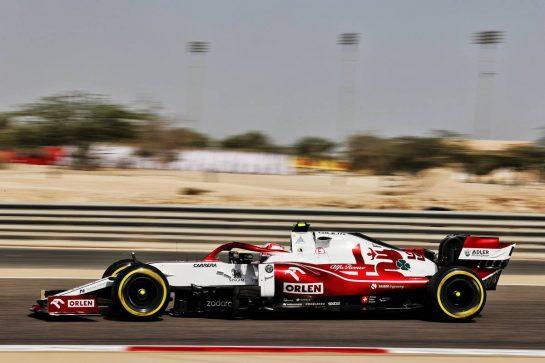 Antonio Giovinazzi (ITA) Alfa Romeo Racing C41. 26.03.2021. Formula 1 World Championship, Rd 1, Bahrain Grand Prix, Sakhir, Bahrain, Practice Day - www.xpbimages.com, EMail: requests@xpbimages.com © Copyright: Batchelor / XPB Images