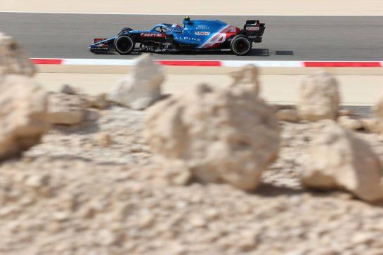 Esteban Ocon (FRA), Alpine F1 Team 26.03.2021. Formula 1 World Championship, Rd 1, Bahrain Grand Prix, Sakhir, Bahrain, Practice Day- www.xpbimages.com, EMail: requests@xpbimages.com © Copyright: Charniaux / XPB Images