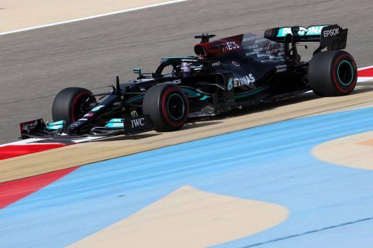 Lewis Hamilton (GBR), Mercedes AMG F1  26.03.2021. Formula 1 World Championship, Rd 1, Bahrain Grand Prix, Sakhir, Bahrain, Practice Day- www.xpbimages.com, EMail: requests@xpbimages.com © Copyright: Charniaux / XPB Images