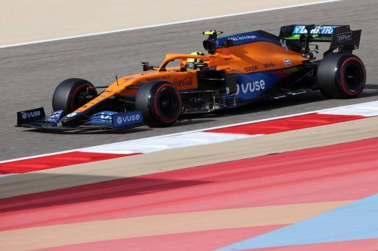 Lando Norris (GBR), McLaren F1 Team 26.03.2021. Formula 1 World Championship, Rd 1, Bahrain Grand Prix, Sakhir, Bahrain, Practice Day- www.xpbimages.com, EMail: requests@xpbimages.com © Copyright: Charniaux / XPB Images