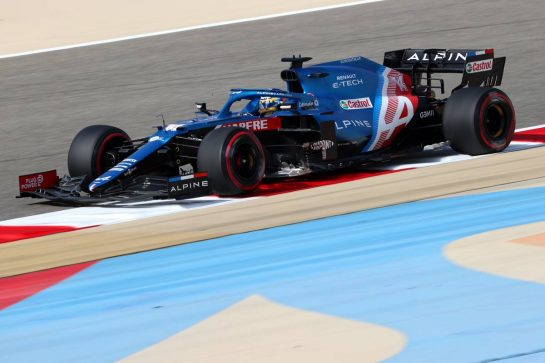 Fernando Alonso (ESP), Alpine F1 Team 26.03.2021. Formula 1 World Championship, Rd 1, Bahrain Grand Prix, Sakhir, Bahrain, Practice Day- www.xpbimages.com, EMail: requests@xpbimages.com © Copyright: Charniaux / XPB Images