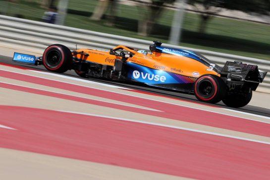 Daniel Ricciardo (AUS), McLaren F1 Team 26.03.2021. Formula 1 World Championship, Rd 1, Bahrain Grand Prix, Sakhir, Bahrain, Practice Day- www.xpbimages.com, EMail: requests@xpbimages.com © Copyright: Charniaux / XPB Images