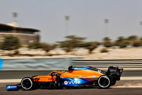 Lando Norris (GBR) McLaren MCL35M. 26.03.2021. Formula 1 World Championship, Rd 1, Bahrain Grand Prix, Sakhir, Bahrain, Practice Day - www.xpbimages.com, EMail: requests@xpbimages.com © Copyright: Batchelor / XPB Images