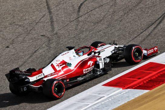 Kimi Raikkonen (FIN) Alfa Romeo Racing C41. 26.03.2021. Formula 1 World Championship, Rd 1, Bahrain Grand Prix, Sakhir, Bahrain, Practice Day - www.xpbimages.com, EMail: requests@xpbimages.com © Copyright: Batchelor / XPB Images
