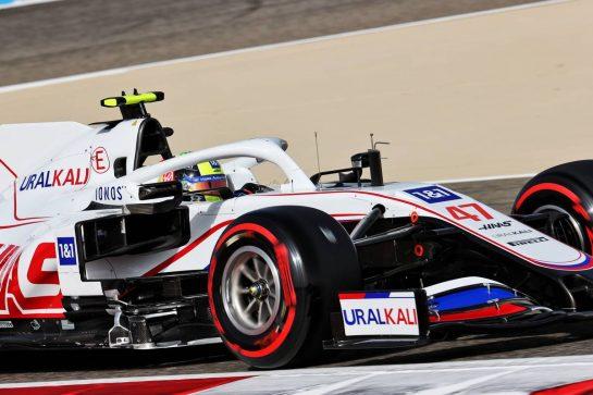 Mick Schumacher (GER) Haas VF-21. 26.03.2021. Formula 1 World Championship, Rd 1, Bahrain Grand Prix, Sakhir, Bahrain, Practice Day - www.xpbimages.com, EMail: requests@xpbimages.com © Copyright: Batchelor / XPB Images