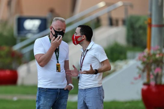 (L to R): Dmitry Mazepin (RUS) Uralchem Chairman with Nicolas Todt (FRA) Driver Manager. 26.03.2021. Formula 1 World Championship, Rd 1, Bahrain Grand Prix, Sakhir, Bahrain, Practice Day - www.xpbimages.com, EMail: requests@xpbimages.com © Copyright: Moy / XPB Images