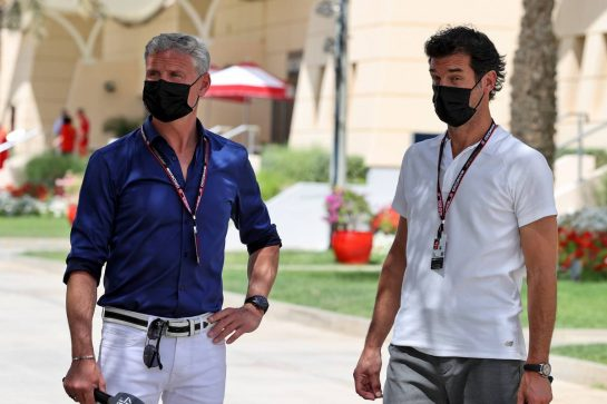 (L to R): David Coulthard (GBR) Red Bull Racing and Scuderia Toro Advisor / Channel 4 F1 Commentator with Mark Webber (AUS) Channel 4 Presenter.