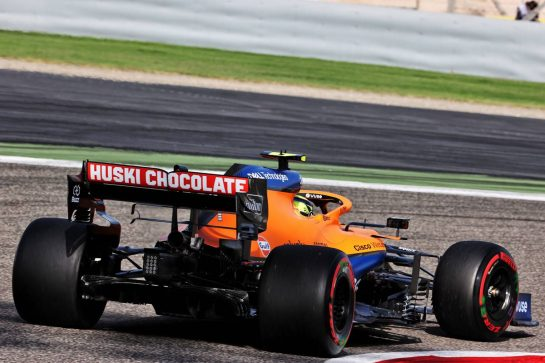 Lando Norris (GBR) McLaren MCL35M. 27.03.2021. Formula 1 World Championship, Rd 1, Bahrain Grand Prix, Sakhir, Bahrain, Qualifying Day. - www.xpbimages.com, EMail: requests@xpbimages.com © Copyright: Batchelor / XPB Images