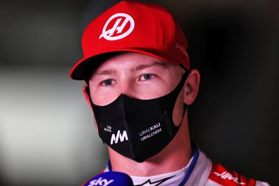 Nikita Mazepin (RUS) Haas F1 Team. 27.03.2021. Formula 1 World Championship, Rd 1, Bahrain Grand Prix, Sakhir, Bahrain, Qualifying Day. - www.xpbimages.com, EMail: requests@xpbimages.com © Copyright: Moy / XPB Images