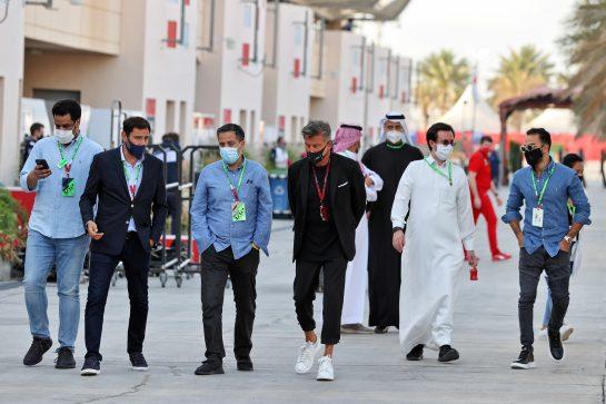 Enrico Zanarini (ITA) Driver Manager (Right). 28.03.2021. Formula 1 World Championship, Rd 1, Bahrain Grand Prix, Sakhir, Bahrain, Race Day. - www.xpbimages.com, EMail: requests@xpbimages.com © Copyright: Moy / XPB Images
