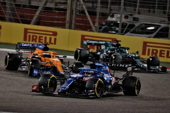 Fernando Alonso (ESP) Alpine F1 Team A521. 28.03.2021. Formula 1 World Championship, Rd 1, Bahrain Grand Prix, Sakhir, Bahrain, Race Day. - www.xpbimages.com, EMail: requests@xpbimages.com © Copyright: Batchelor / XPB Images