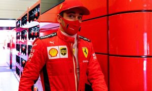 Leclerc vows to 'play it smart' with Sainz to push Ferrari