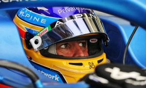 Confident Alonso says 'I'm better' than Hamilton and Verstappen