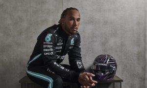 Hamilton says 'unusual period in life' prompted one-year deal