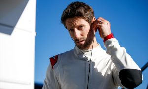 Grosjean set for swansong F1 outing after seat fitting