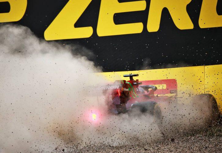 Charles Leclerc (MON) Ferrari SF-21 crashed in the second practice session. 16.04.2021. Formula 1 World Championship, Rd 2, Emilia Romagna Grand Prix, Imola