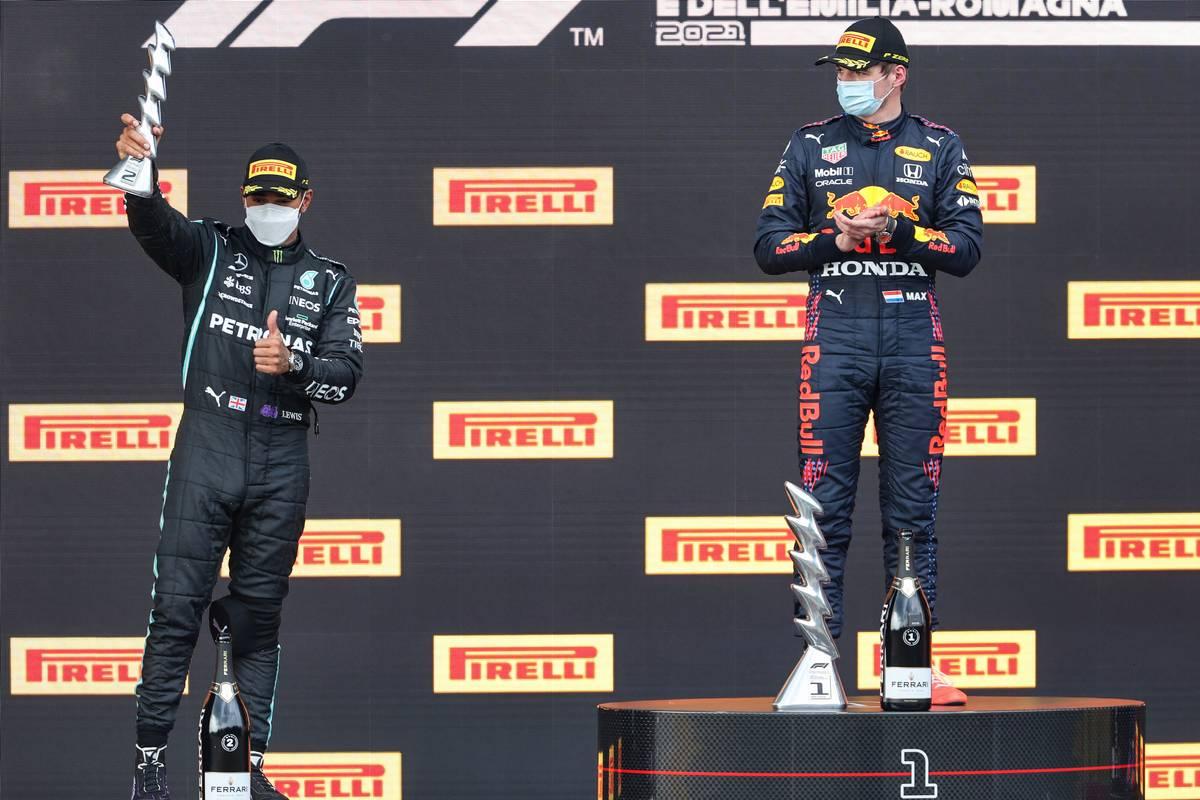 Lewis Hamilton (GBR), Mercedes AMG F1 , Max Verstappen (NLD), Red Bull Racing 18.04.2021. Formula 1 World Championship, Rd 2, Emilia Romagna Grand Prix, Imola