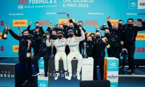 De Vries wins in chaotic end to wet Valencia E-Prix