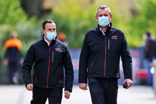 Steve Nielsen (GBR) FOM Sporting Director (Right). 15.04.2021. Formula 1 World Championship, Rd 2, Emilia Romagna Grand Prix, Imola, Italy, Preparation Day. - www.xpbimages.com, EMail: requests@xpbimages.com © Copyright: Moy / XPB Images