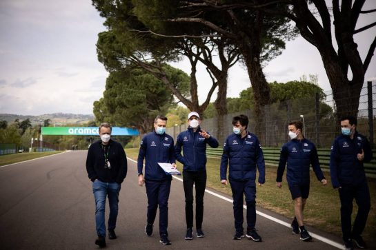 Nicholas Latifi (CDN) Williams Racing walks the circuit with the team. 15.04.2021. Formula 1 World Championship, Rd 2, Emilia Romagna Grand Prix, Imola, Italy, Preparation Day. - www.xpbimages.com, EMail: requests@xpbimages.com © Copyright: Bearne / XPB Images