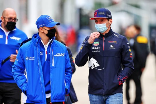 (L to R): Mick Schumacher (GER) Haas F1 Team with Max Verstappen (NLD) Red Bull Racing. 15.04.2021. Formula 1 World Championship, Rd 2, Emilia Romagna Grand Prix, Imola, Italy, Preparation Day. - www.xpbimages.com, EMail: requests@xpbimages.com © Copyright: Moy / XPB Images