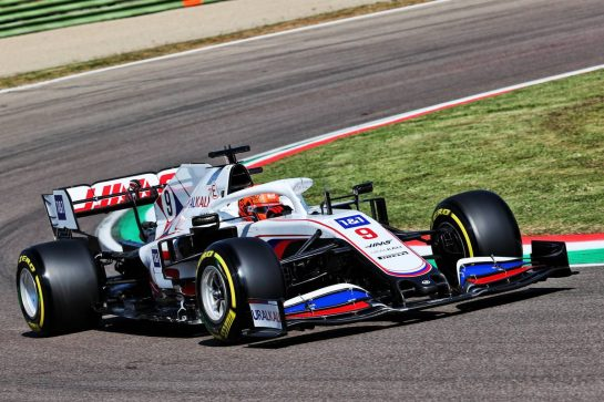 Nikita Mazepin (RUS) Haas F1 Team VF-21.