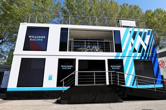 Williams Racing motorhome in the paddock. 16.04.2021. Formula 1 World Championship, Rd 2, Emilia Romagna Grand Prix, Imola, Italy, Practice Day. - www.xpbimages.com, EMail: requests@xpbimages.com © Copyright: Moy / XPB Images