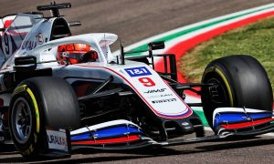 Steiner: Learning F1 proving 'painful' for spinning Mazepin