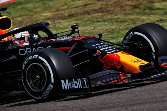 Max Verstappen (NLD) Red Bull Racing RB16B. 16.04.2021. Formula 1 World Championship, Rd 2, Emilia Romagna Grand Prix, Imola, Italy, Practice Day. - www.xpbimages.com, EMail: requests@xpbimages.com © Copyright: Batchelor / XPB Images