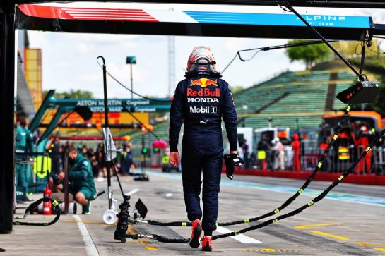 Max Verstappen (NLD) Red Bull Racing stopped in the second practice session.