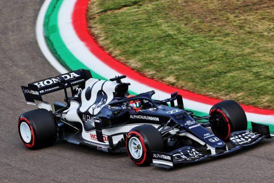 Yuki Tsunoda (JPN) AlphaTauri AT02. 16.04.2021. Formula 1 World Championship, Rd 2, Emilia Romagna Grand Prix, Imola, Italy, Practice Day. - www.xpbimages.com, EMail: requests@xpbimages.com © Copyright: Batchelor / XPB Images