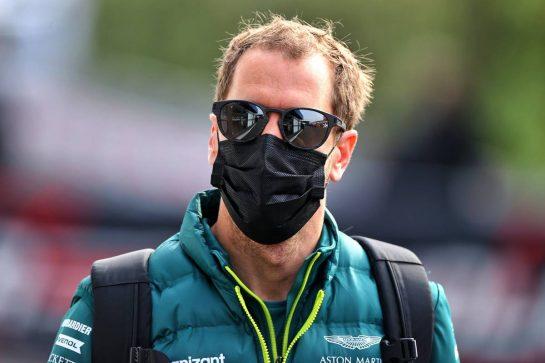 Sebastian Vettel (GER) Aston Martin F1 Team. 17.04.2021. Formula 1 World Championship, Rd 2, Emilia Romagna Grand Prix, Imola, Italy, Qualifying Day. - www.xpbimages.com, EMail: requests@xpbimages.com © Copyright: Moy / XPB Images