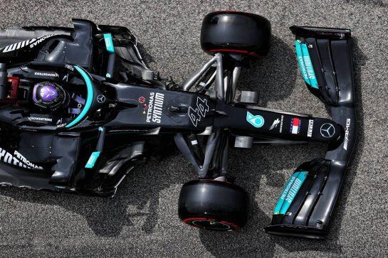 Lewis Hamilton (GBR) Mercedes AMG F1 W12. 17.04.2021. Formula 1 World Championship, Rd 2, Emilia Romagna Grand Prix, Imola, Italy, Qualifying Day. - www.xpbimages.com, EMail: requests@xpbimages.com © Copyright: Batchelor / XPB Images