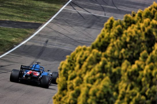 Fernando Alonso (ESP) Alpine F1 Team A521. 17.04.2021. Formula 1 World Championship, Rd 2, Emilia Romagna Grand Prix, Imola, Italy, Qualifying Day. - www.xpbimages.com, EMail: requests@xpbimages.com © Copyright: Batchelor / XPB Images