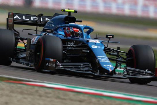 Esteban Ocon (FRA), Alpine F1 Team 17.04.2021. Formula 1 World Championship, Rd 2, Emilia Romagna Grand Prix, Imola, Italy, Qualifying Day.- www.xpbimages.com, EMail: requests@xpbimages.com © Copyright: Charniaux / XPB Images