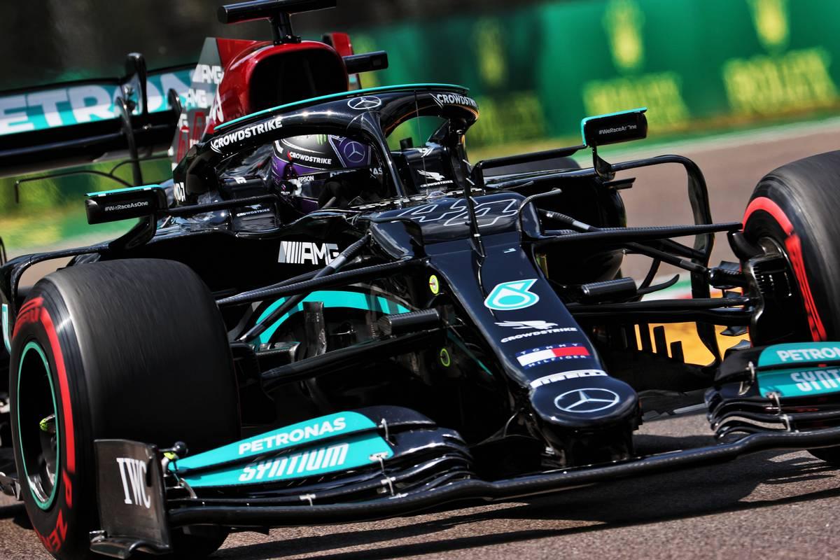Hamilton hangs on for Imola pole as Perez pips Verstappen