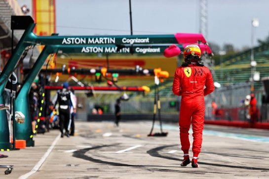 Carlos Sainz Jr (ESP) Ferrari. 17.04.2021. Formula 1 World Championship, Rd 2, Emilia Romagna Grand Prix, Imola, Italy, Qualifying Day. - www.xpbimages.com, EMail: requests@xpbimages.com © Copyright: Moy / XPB Images