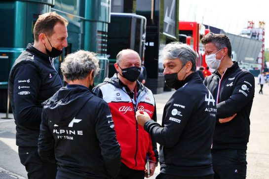 (L to R): Laurent Rossi (FRA) Alpine Chief Executive Officer; Alain Prost (FRA) Alpine F1 Team Non-Executive Director; Frederic Vasseur (FRA) Alfa Romeo Racing Team Principal; Luca de Meo (ITA) Groupe Renault Chief Executive Officer; Marcin Budkowski (POL) Alpine F1 Team Executive Director. 17.04.2021. Formula 1 World Championship, Rd 2, Emilia Romagna Grand Prix, Imola, Italy, Qualifying Day. - www.xpbimages.com, EMail: requests@xpbimages.com © Copyright: Moy / XPB Images