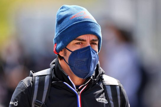 Fernando Alonso (ESP) Alpine F1 Team. 18.04.2021. Formula 1 World Championship, Rd 2, Emilia Romagna Grand Prix, Imola, Italy, Race Day. - www.xpbimages.com, EMail: requests@xpbimages.com © Copyright: Moy / XPB Images