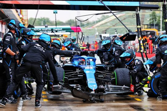 Esteban Ocon (FRA) Alpine F1 Team A521 makes a pit stop. 18.04.2021. Formula 1 World Championship, Rd 2, Emilia Romagna Grand Prix, Imola, Italy, Race Day. - www.xpbimages.com, EMail: requests@xpbimages.com © Copyright: Moy / XPB Images