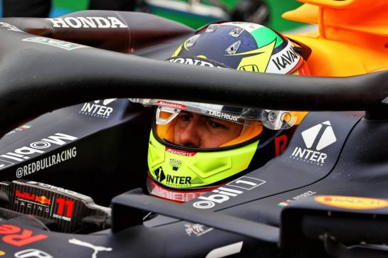 Sergio Perez (MEX) Red Bull Racing RB16B in the pits while the race is stopped. 18.04.2021. Formula 1 World Championship, Rd 2, Emilia Romagna Grand Prix, Imola, Italy, Race Day. - www.xpbimages.com, EMail: requests@xpbimages.com © Copyright: Moy / XPB Images