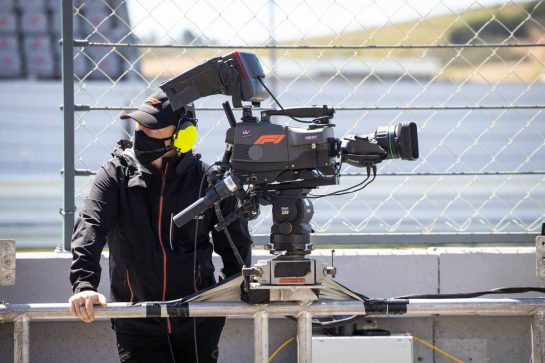 Circuit atmosphere - F1 Camera Operator. 29.04.2021. Formula 1 World Championship, Rd 3, Portuguese Grand Prix, Portimao, Portugal, Preparation Day. - www.xpbimages.com, EMail: requests@xpbimages.com © Copyright: Bearne / XPB Images