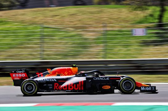 Sergio Perez (MEX) Red Bull Racing RB16B. 30.04.2021. Formula 1 World Championship, Rd 3, Portuguese Grand Prix, Portimao, Portugal, Practice Day. - www.xpbimages.com, EMail: requests@xpbimages.com © Copyright: Batchelor / XPB Images