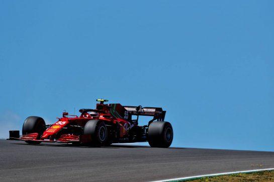 Carlos Sainz Jr (ESP) Ferrari SF-21. 30.04.2021. Formula 1 World Championship, Rd 3, Portuguese Grand Prix, Portimao, Portugal, Practice Day.  - www.xpbimages.com, EMail: requests@xpbimages.com © Copyright: Staley / XPB Images
